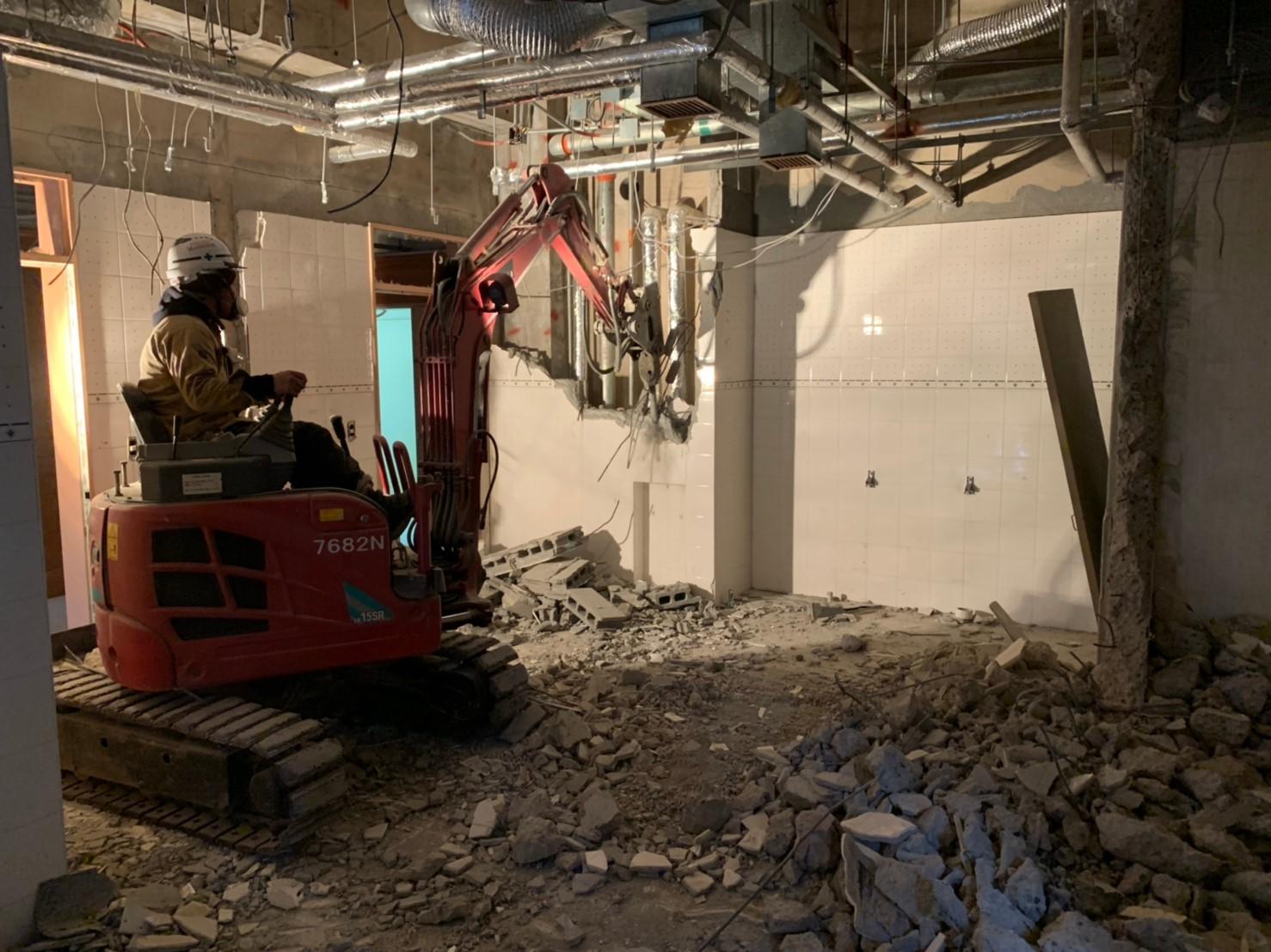 店舗、アパート等の内装解体工事